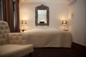 Mauritz hotelkamer 2e verdieping locatie Salon. Mauritz hotel room second floor. Location: salon.