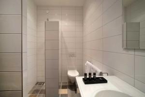 Maurits hotel. Badkamer op locatie Salon. Bath room on Salon location.